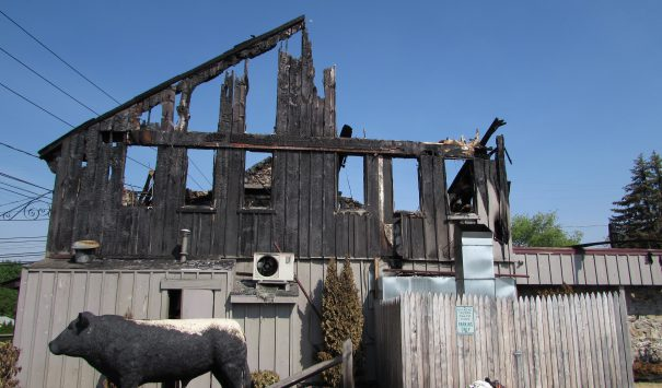 Fire destroys Lehigh Valley Landmark - Macungie, PA ...